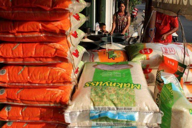 Sinarmas Tertarik Beli Beras AISA Milik Tiga Pilar Sejahtera Food
